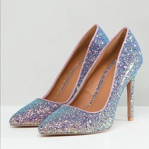 Qupid Pointed High Heeled Shoes